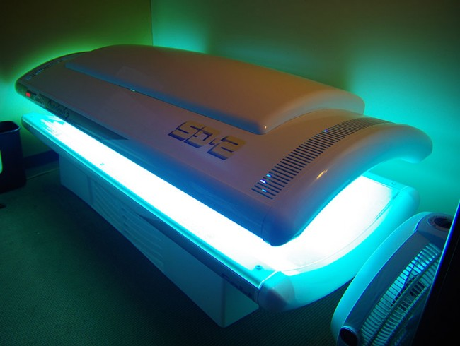 tanning services from Mane Street Salon, Spa and Tanning - Colfax, Wisconsin